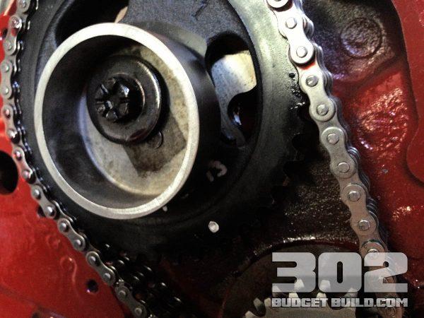 Fuel Pump Eccentric Installation on 302 Small Block Ford   Mechanical Fuel Pump